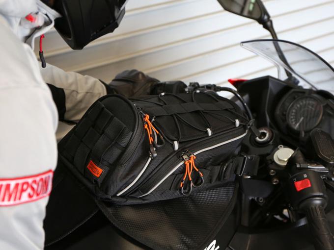 ドッペルギャンガー DOPPELGANGER ライダーズタンクバッグMINI 2 ブラック 装着イメージ