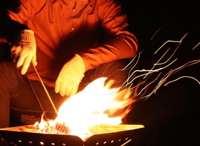 モンベル(mont-bell)フエゴシリーズ 焚き火イメージ