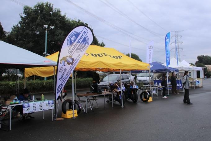 Taira Promote Racingサーキット走行会(協賛企業のブース出展)