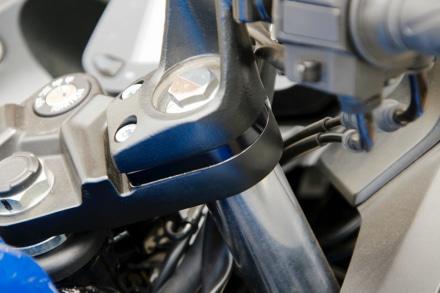 WR'S ジクサーSF250用 ハンドルUPスペーサーを装着した状態
