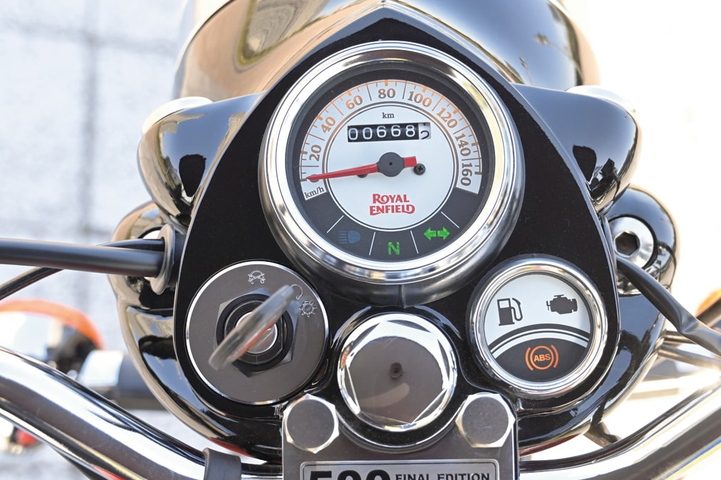 ROYAL ENFIELD CLASSIC500 メーターまわり