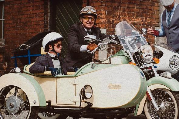 ELF Distinguished Gentleman,s Ride