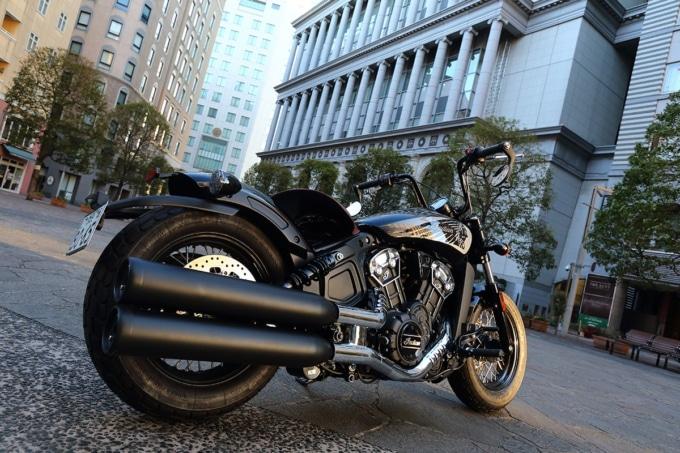 INDIAN MOTORCYCLE SCOUT BOBBER TWENTY